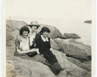 vintage photo Near Rye Beach New Hampshire Women Look Like Swallowed Salt Water or Bullfrog