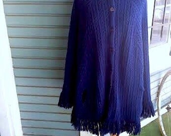 ON SALE.....Vintage knitted 1970's vintage navy blue poncho. Free size