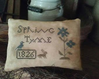 PriMiTiVe - - SpRinG TyMe  - - EaRLy LoOk CrOSs STiTcH Cupboard Tuck -  LoVe