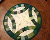GreenDouble wedding ring quilted candle matt, hot pad reserved for Linda