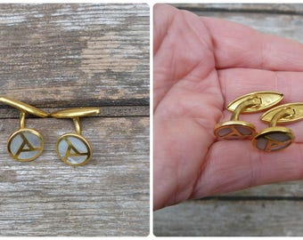 Vintage Antique 1920/1930 old French mother of pearl seashell and golden metal pair of cuff links