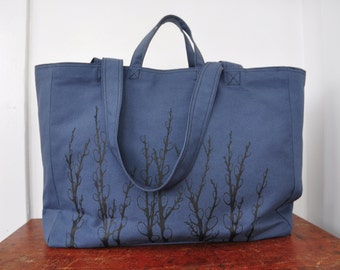 Pussy Willows - Weekender Bag - Zipper Closure Tote
