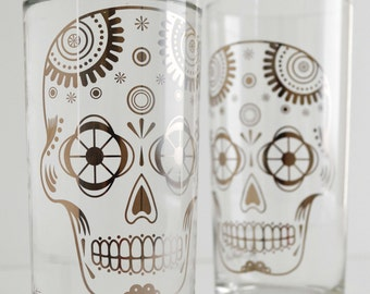 Silver Sugar Skulls - Set 2 Glasses, Día de Muertos, Day of the Dead Glasses, Halloween Glasses, Everyday Glasses, Halloween Party