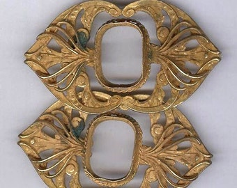 unfinished vintage VICTORIAN BROOCHES russian gold plated brass with VERDIGRIS ornate design for repurpose