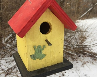 Primitive Birdhouse Yellow Red Black With Green Frog