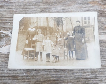 Vintage Antique 1910/1915 French School girl's black and white real photographie postcard
