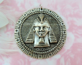 CLOSEOUT SALE Silver Round Embossed Egyptian Motif King Tut Pendant with Jump Ring (FC-19)