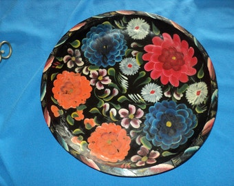 Vintage Hand Carved - Hand Painted Wood Bowl - Tray Mexican Batea Bowl - Fold Art