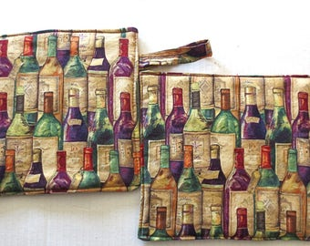 Wine theme thick insulated large pot holders /trivets very day wine enthusiast goods double insul brite ---great gift