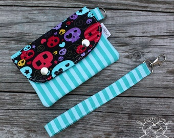 Wallet Wristlet Clutch SMALL Starry Skulls