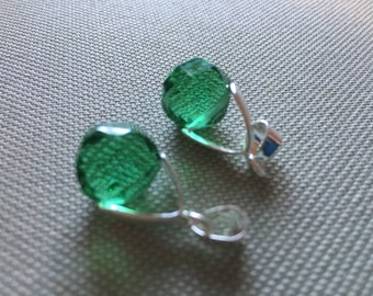 Vintage Glass Beads (2) Stunning Faceted Green Crystal Drops