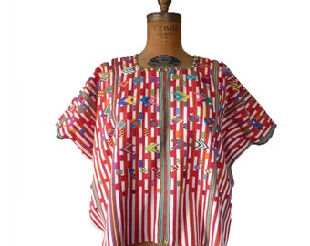 Vintage Embroidered Top | Mexico Huipil Poncho Ethnic Boho