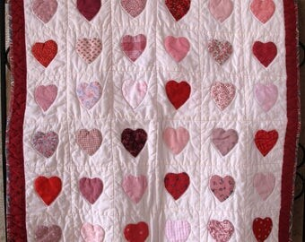 Red Heart Pink Country Lap Coverlet Wall Hanging Throw FREE US SHIPPING