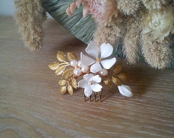 Bridal flower hair comb - ivory and gold