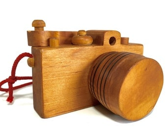 Wooden Toy 35mm Camera by Woodstock Toymakers Columbia Mississippi