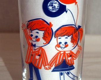 New York World's Fair drinking glass 1960s children