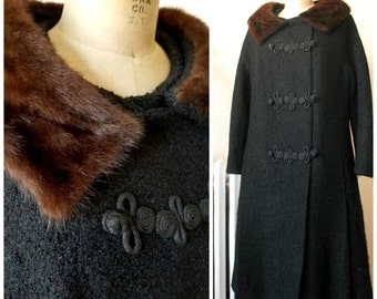 Esmé | Vintage 1950's Black Coat with Fur Collar and Chinese Frog Closures Forstmann Virgin Wool Bouclé Side Pockets Winter Coat