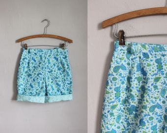 1960s high waisted light blue floral cotton shorts - side zip - x-small - xs - 23w - 24w