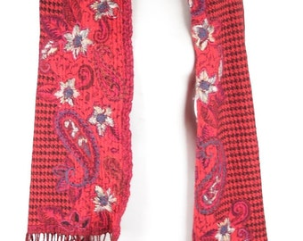VINTAGE Red Wool SCARF Stole FLORAL embroidery houndstooth pattern w/ fringes