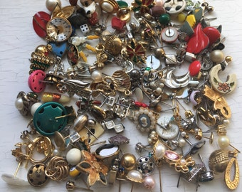 200pc Single Earrings Detash Lot Mixed Metals Gold Filled Vintage Craft Upcycle Jewelry Collection Repurposing Supplies