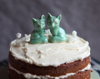 Two Foxes - Wedding Cake Topper in Mint Green