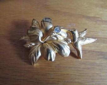 humming bird flower brooch