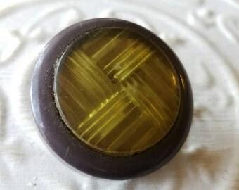 Vintage  Button, 1 large unique, celluloid design,iridescent crisscross  Lucite center  (feb 397 17)