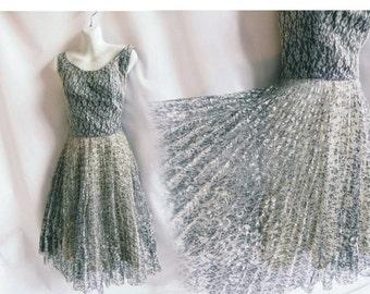 Vintage 50s Dress Size M Gray lace Rockabilly Cocktail Party 40s Rhinestone