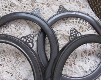 Set 4 Vanhagan&Smith Round Wood Picture Frames, Instant Gallery, Plate Frames, or..