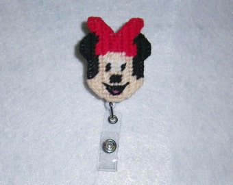 Minnie Mouse Retractable Badge Holder