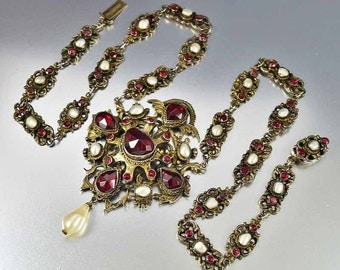 Victorian Garnet Necklace, Austro Hungarian Necklace, Garnet Pearl Necklace, Victorian Necklace, Antique Jewelry, Bohemian Garnet Pendant