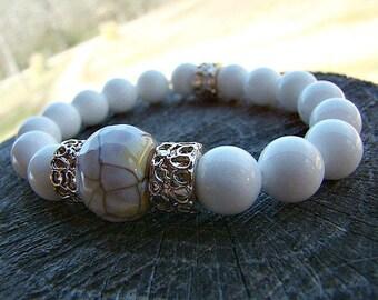 Beaded Stretch Bracelet, Gemstone Bracelet, White Shell Bracelet, Agate Bracelet, Stacking Bracelet, Beaded Bracelet, Womens Bead Bracelet