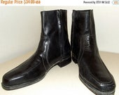 Vintage Florsheim Black Leather ankle  boots with side zippers
