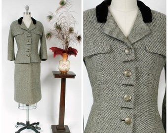 SALE - Vintage 1950s Suit - Salt and Pepper Tweed Wool Tailored 50s Suit in with Segmented Button Closure and Velvet Collar