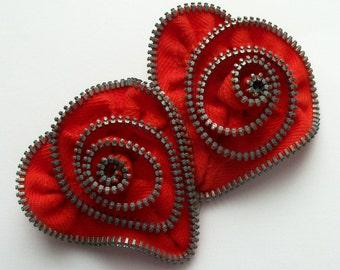 Broche fermeture à glissière spirale rouge Saint-Valentin coeur ZipPinning - 2456