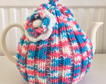 Daisy Tea Cosy - 6 cup tea pot, tweed pinks and blues