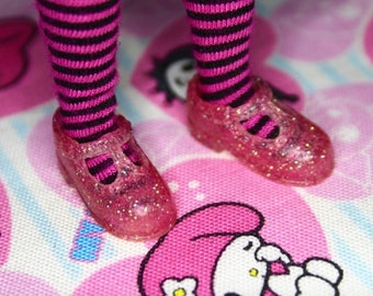 Blythe Rose Pink & Iridescent Glitter T-Strap Mary Jane shoes