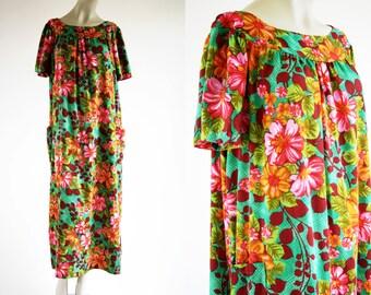 Vintage Bright Color Floral Print Woman's Retro MuMu Nightgown House Coat