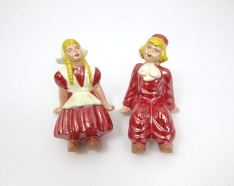 Dutch Girl & Boy Vintage pair Couple Shelf Sitters Red and White Retro Home Decor Japan