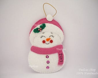 Snowman Felt Christmas Ornament Personalized with Name and Year 2017 for Baby Girl - Frosty Girl Snowman - ONE ORNAMENT
