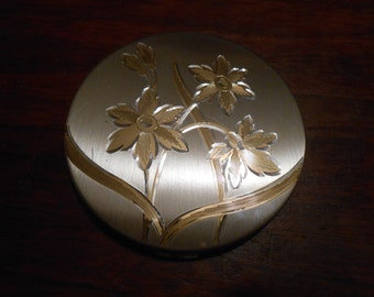 Vintage Elgin Compact Gold Tone Metal Etched Flowers