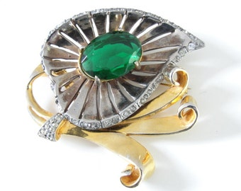 Vintage Unsigned Gorgeous Riveted Brooch Rhinestones Two Tone Green Stone
