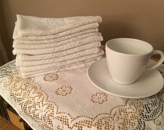 White Lace Napkins Set of 11 Vintage Dinner Table Linens Tea Party Shabby Chic