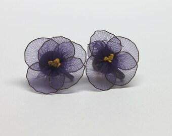 vintage purple violet screw on earrings,purple violet screw ons,purple violets,purple sheer netting flowers,purple sheer netting earrings,