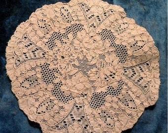 Pretty Antique Lace Doily Edwardian Bridal Doll Trim