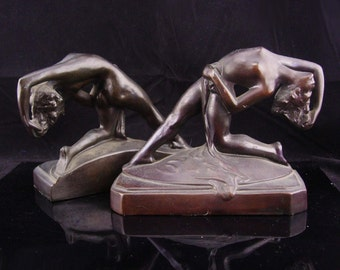 Art deco nude bookends / bronze erotic figural / antique statue / nude sculpture set / art nouveau book ends / french art