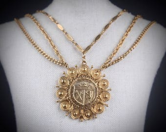 vtg 60s gold shield pendant medieval necklace royal crest festoon chain medallion