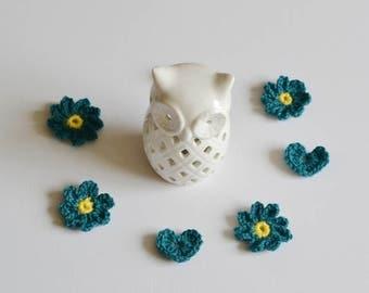 4 Teal Crochet Flowers and 3 Crochet Heart Applique Motif Embellishments