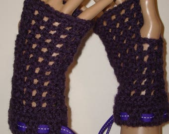 Springtime Crochet Fingerless Glove Wristers/Gauntlets/Driving gloves/Texting Gloves/Womens Accessories/Summer Gloves/Spring Wristers/Purple
