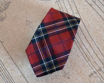Scotch Necktie Vintage 70s Currie Loch Glen Cravat